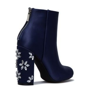 A MUST HAVE NEW BOOTIE